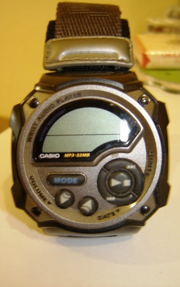 9a6a42a2dd9 Looking At Early Casio Smartwatches - First Class Watches Blog