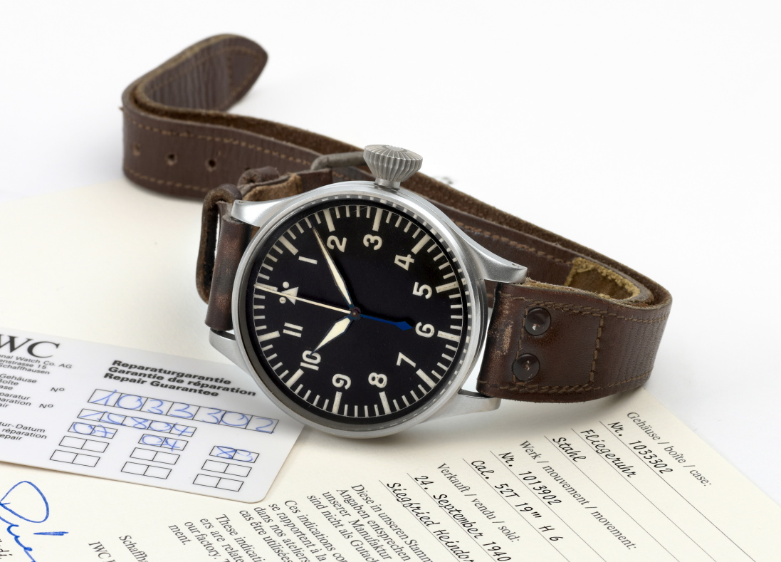 Alpin watch pilots leg watch