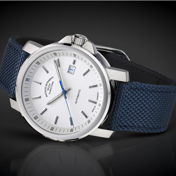 The zeit 29er big m hle glash tte watches first class watches blog for Muhle watches