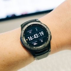 Samsung and Apple Fighting Over Amazing Smartwatch Feature