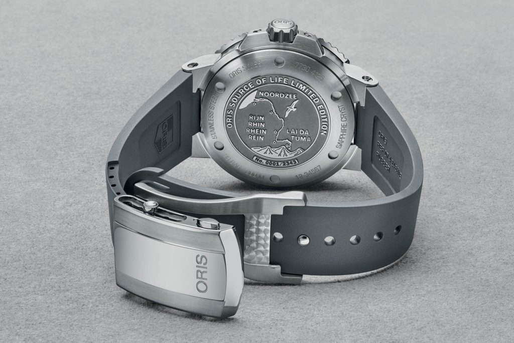 Oris-Source-of-Life-Limited-Edition-Aquis-Circular-Date-4