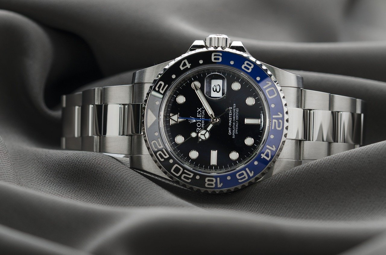 Top 5 luxury watch brands 2018 first class watches blog for Luxury watches