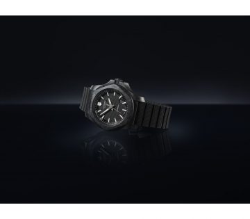 Victorinox's New I.N.O.X. Carbon Mechanical Watch