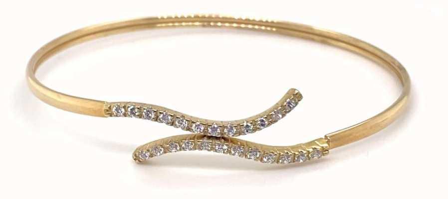 Perfection Diamond 9ct Yellow Gold Cubic Zirconia Twist Overlap Bangle J87804